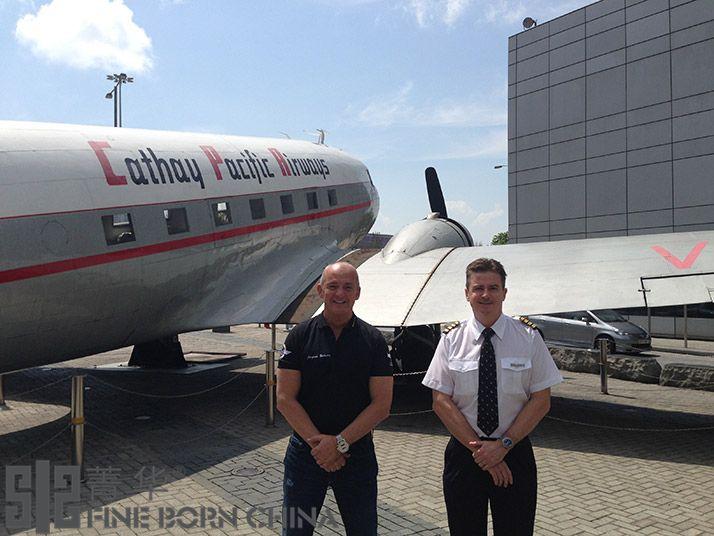 自由翱翔   国泰航空与百年灵喷气机队共享飞行乐趣